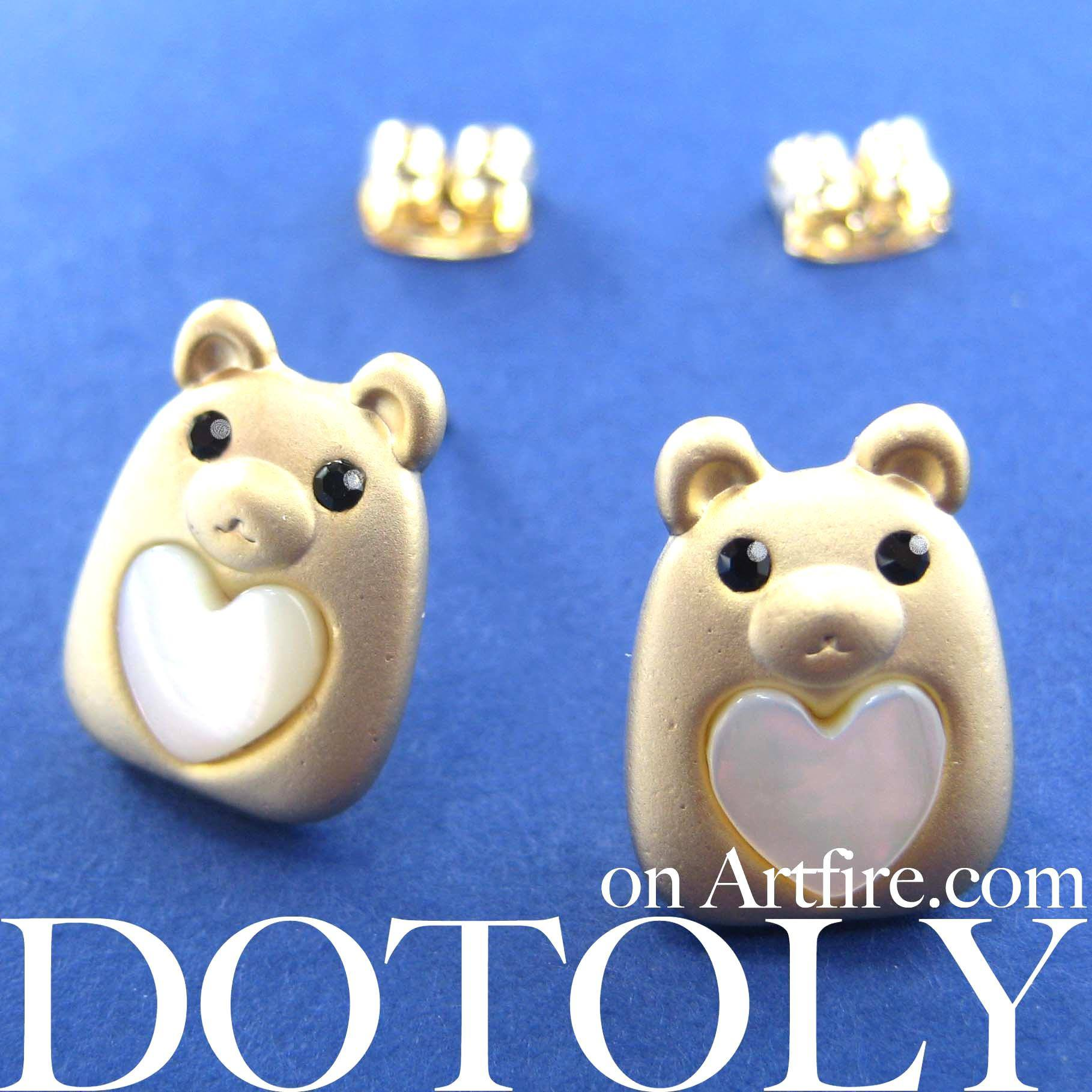 teddy-bear-animal-stud-earrings-in-gold-with-pearl-heart-allergy-free