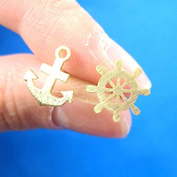 anchor-and-wheel-nautical-studs-in-gold-with-sterling-silver-posts