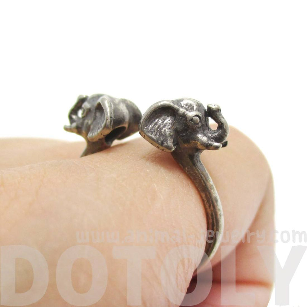 Double Elephant Head Shaped Sleek Animal Ring in Silver
