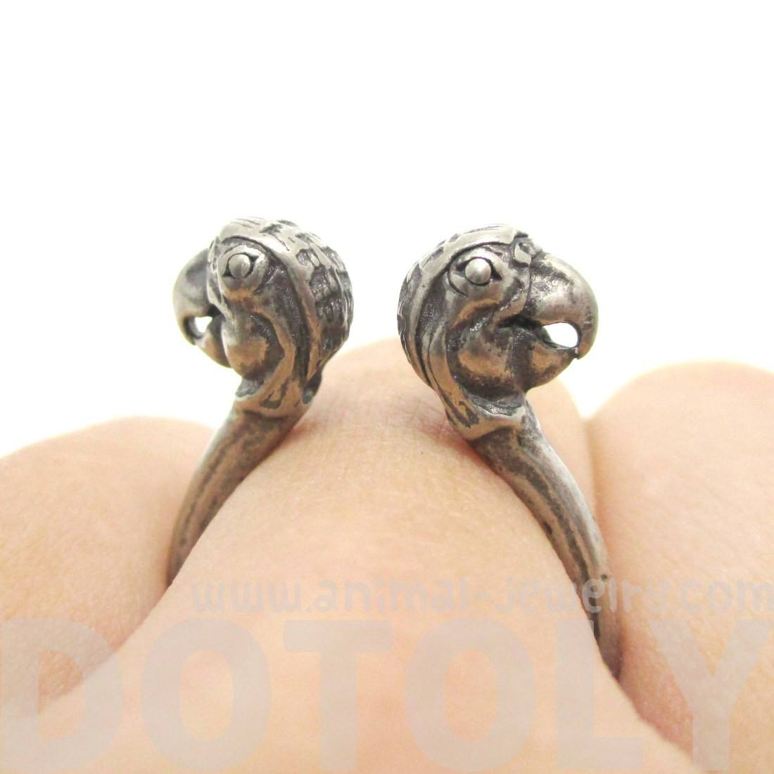 3D Double Parrot Bird Head Shaped Sleek Ring in Silver