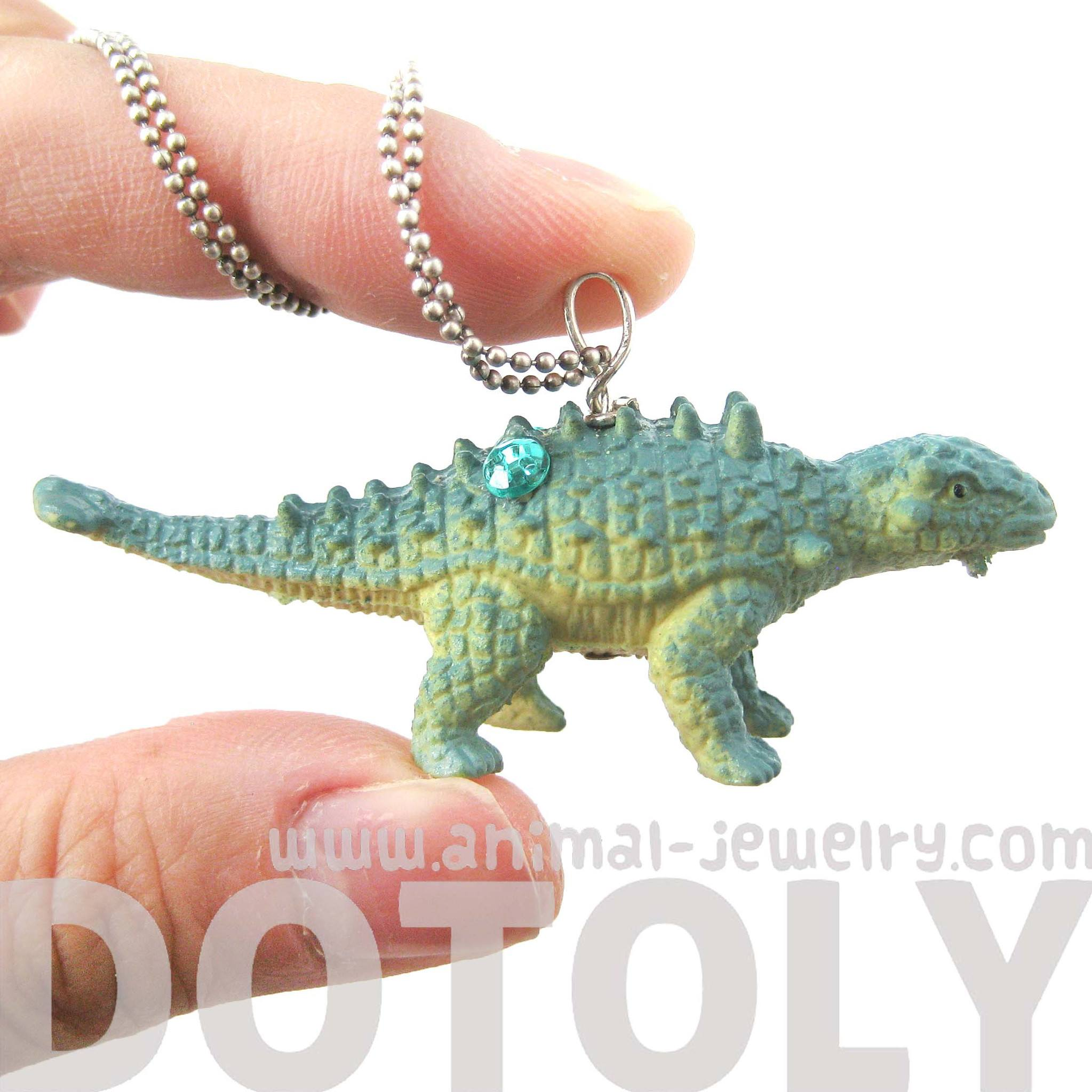 euoplocephalus-armored-dinosaur-shaped-pendant-necklace-in-blue-animal-jewelry