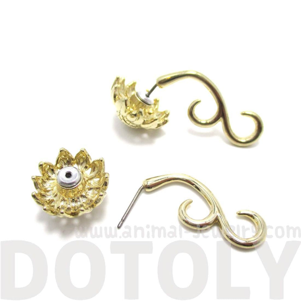 3D Sunflower Floral Flower Shaped Earrings in Gold
