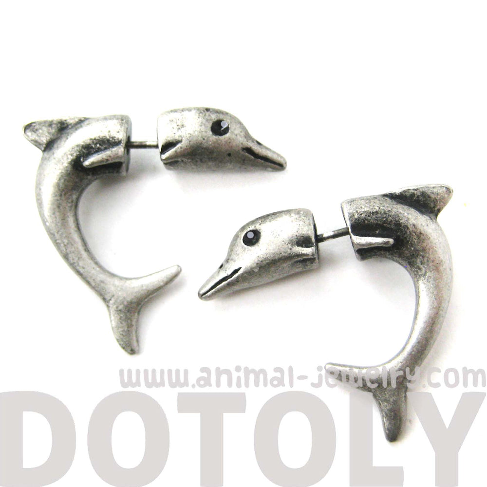 fake-gauge-earrings-small-dolphin-sea-animal-shaped-plug-stud-earrings-in-silver