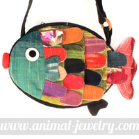 fish-shaped-animal-cross-body-patchwork-bag-in-green-dotoly