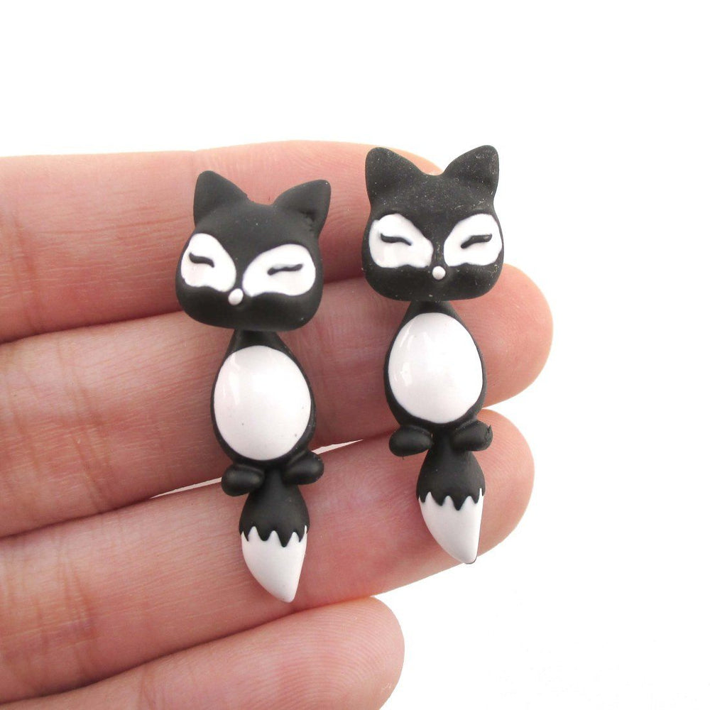Fox Shaped Two Part Stud Earrings in Black and White