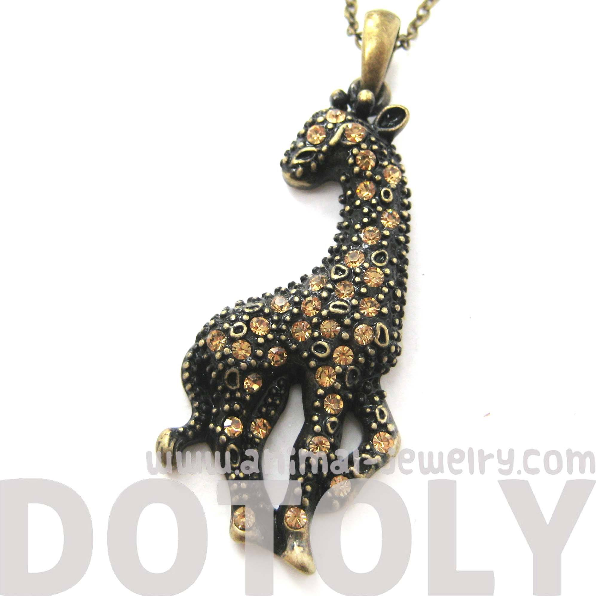 giraffe-shaped-animal-pendant-necklace-in-brass-with-rhinestones-dotoly