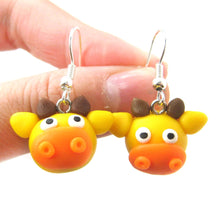 giraffe-shaped-animal-themed-polymer-clay-dangle-earrings-dotoly