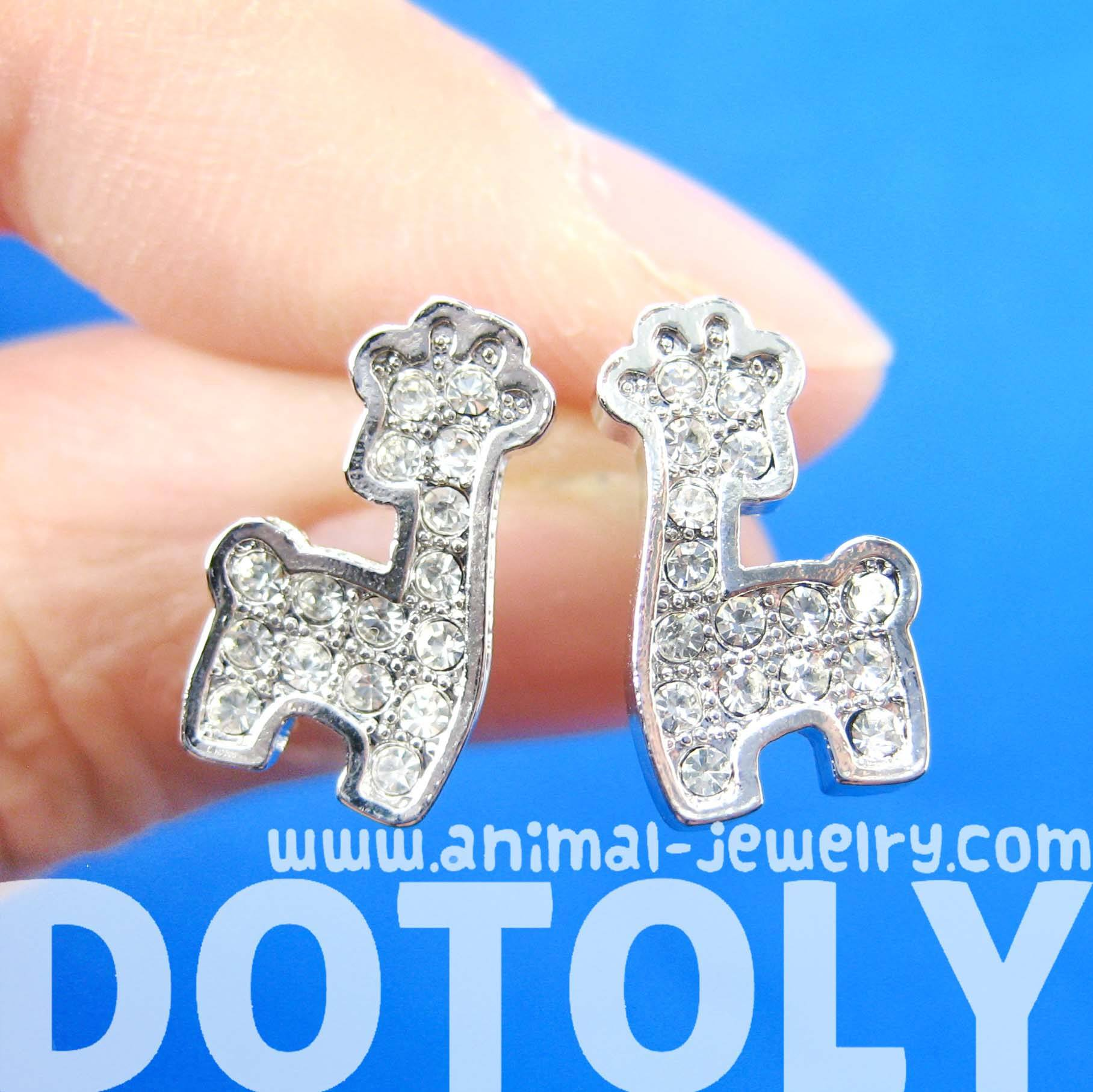 giraffe-shaped-small-animal-stud-earrings-in-silver-with-rhinestones