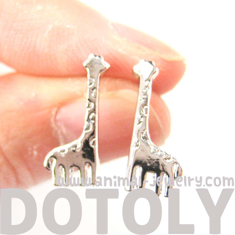 miniature-giraffe-shaped-animal-stud-earrings-in-silver