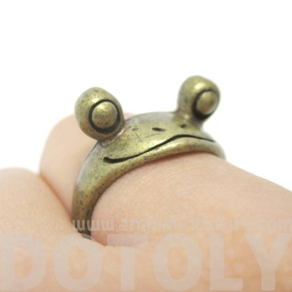 Googly Eye Frog Toad Animal Wrap Ring in Brass | DOTOLY