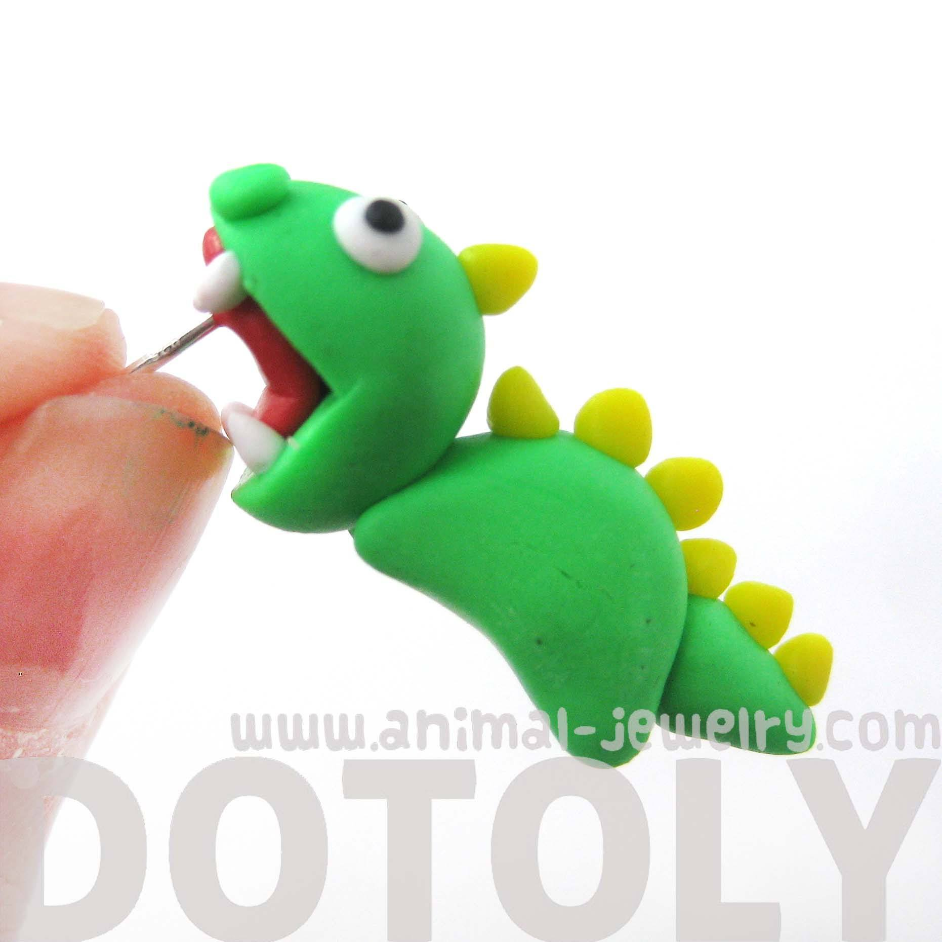 handmade-dinosaur-biting-your-ear-animal-polymer-clay-stud-earringhandmade-dinosaur-biting-your-ear-animal-polymer-clay-stud-earring
