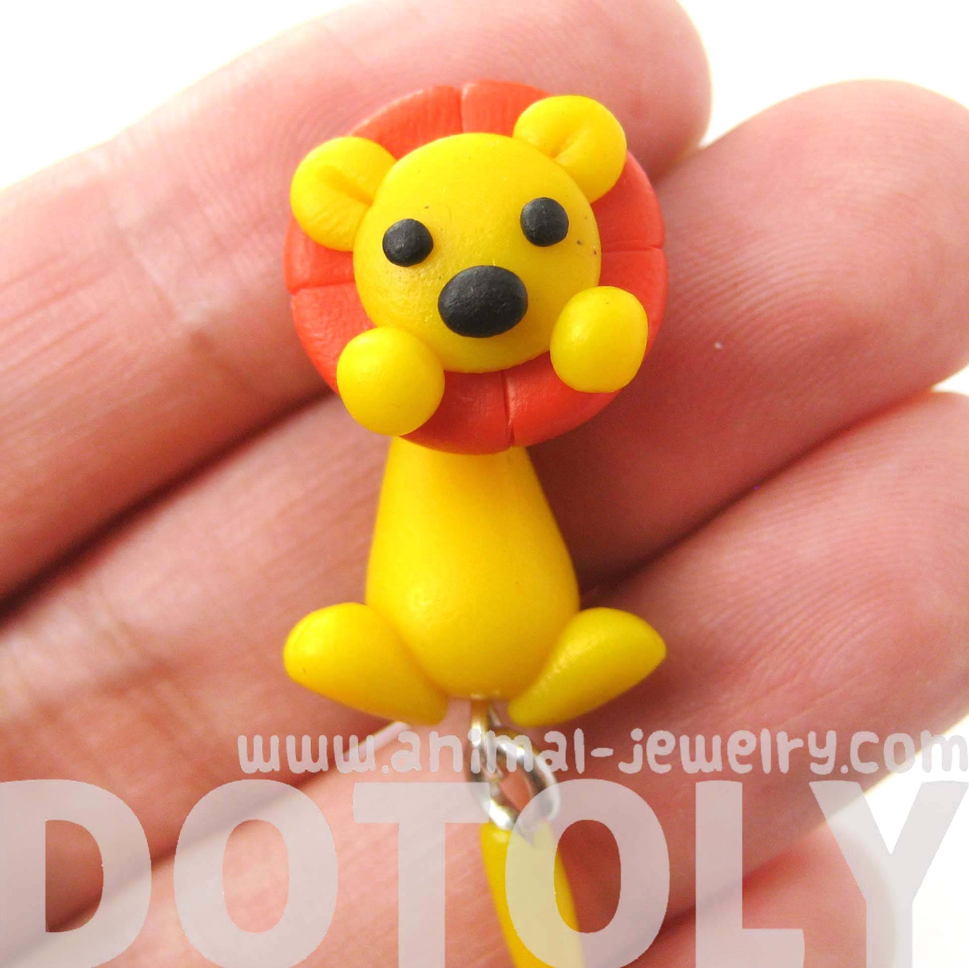 handmade-lion-fake-gauge-two-part-polymer-clay-stud-earring-dotoly