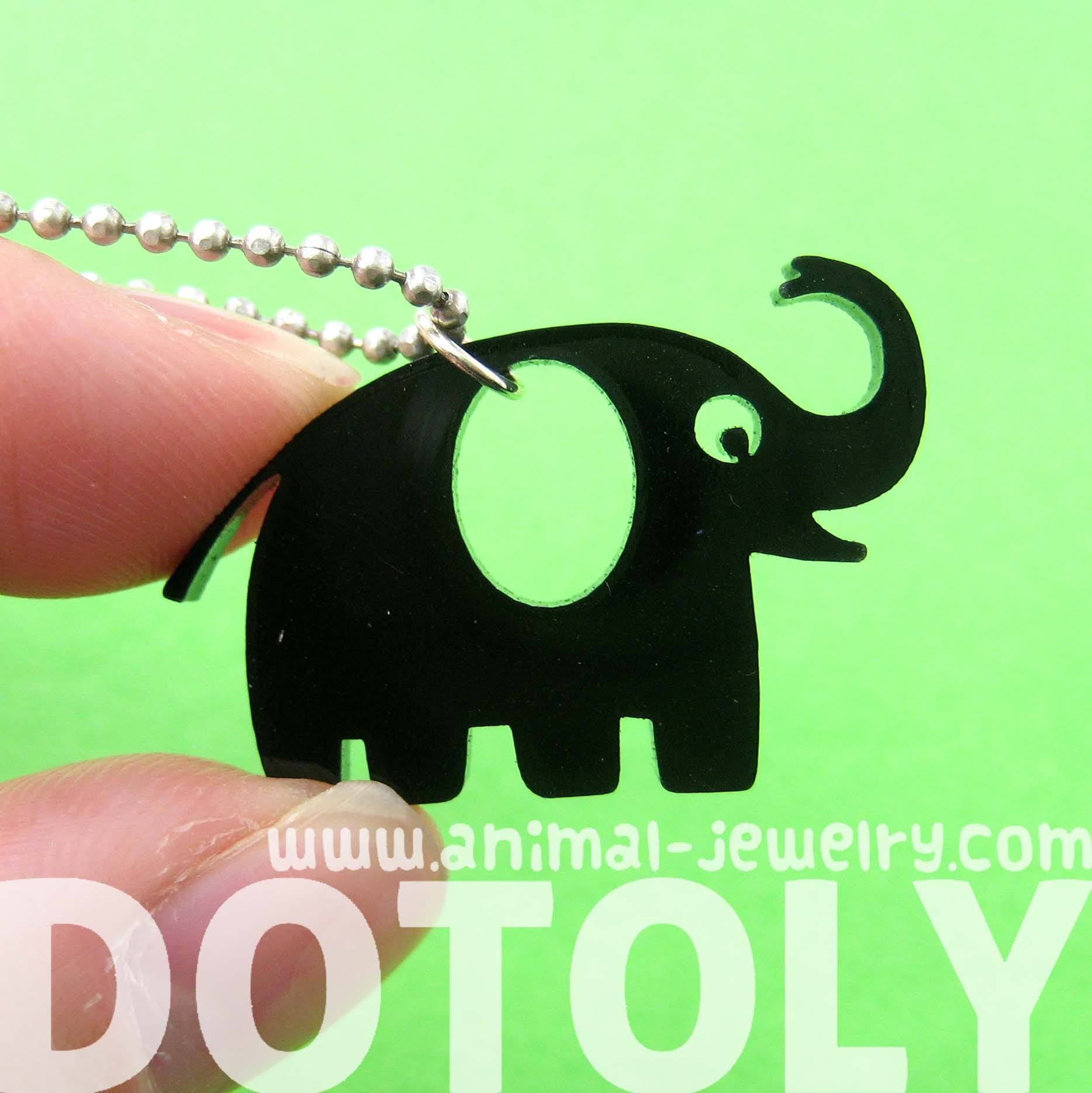 happy-elephant-silhouette-shaped-pendant-necklace-in-black-acrylic-dotoly