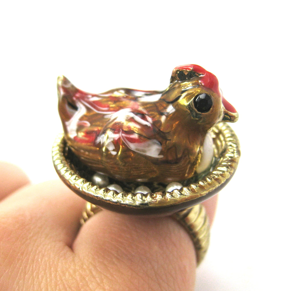 mother-hen-realistic-3d-chicken-animal-ring