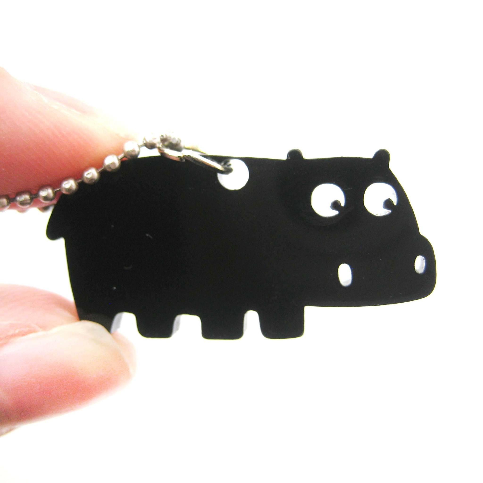 hippo-silhouette-shaped-pendant-necklace-in-black-acrylic-animal-jewelryhippo-silhouette-shaped-pendant-necklace-in-black-acrylic-animal-jewelry