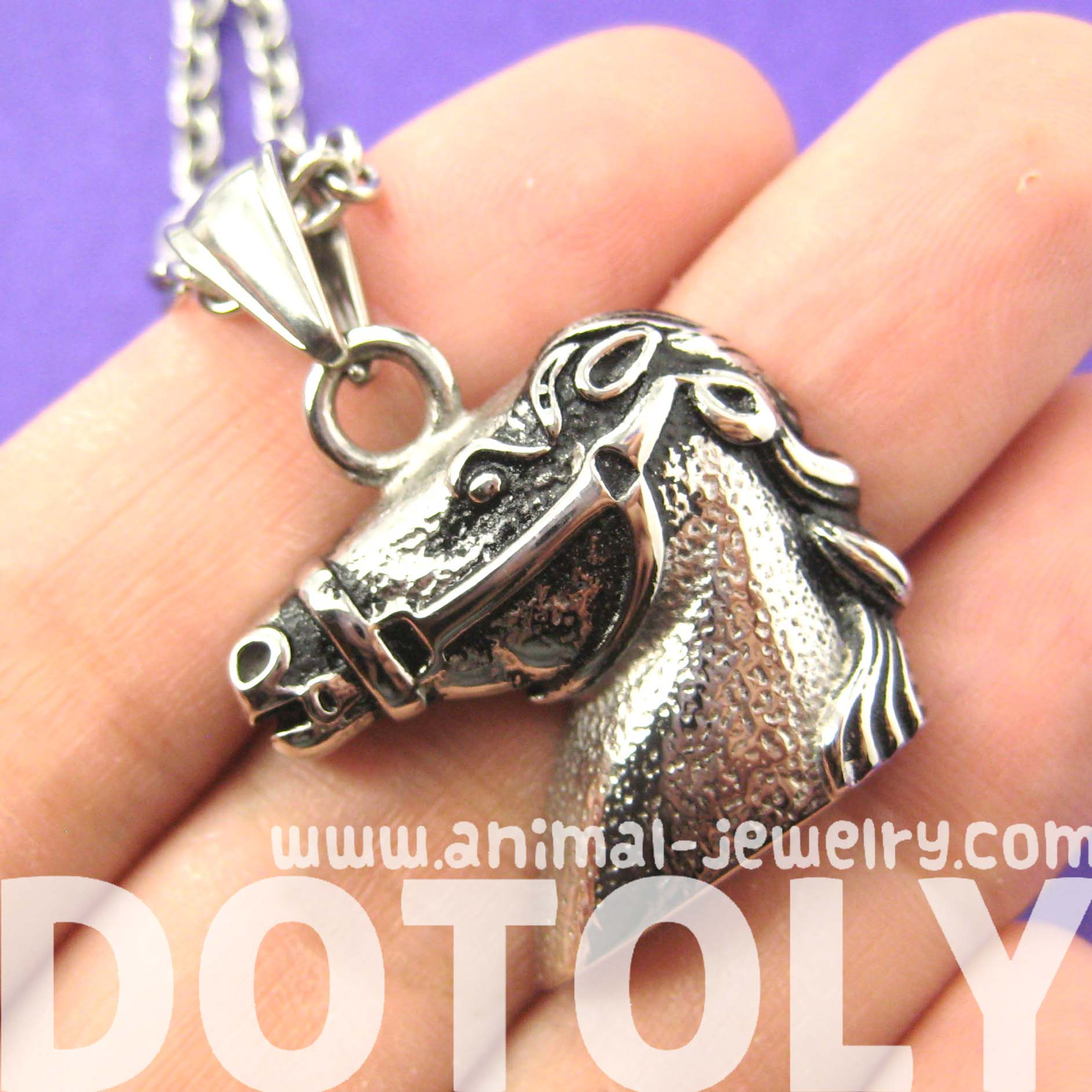 Horse Pony Animal Pendant Necklace in Silver | DOTOLY