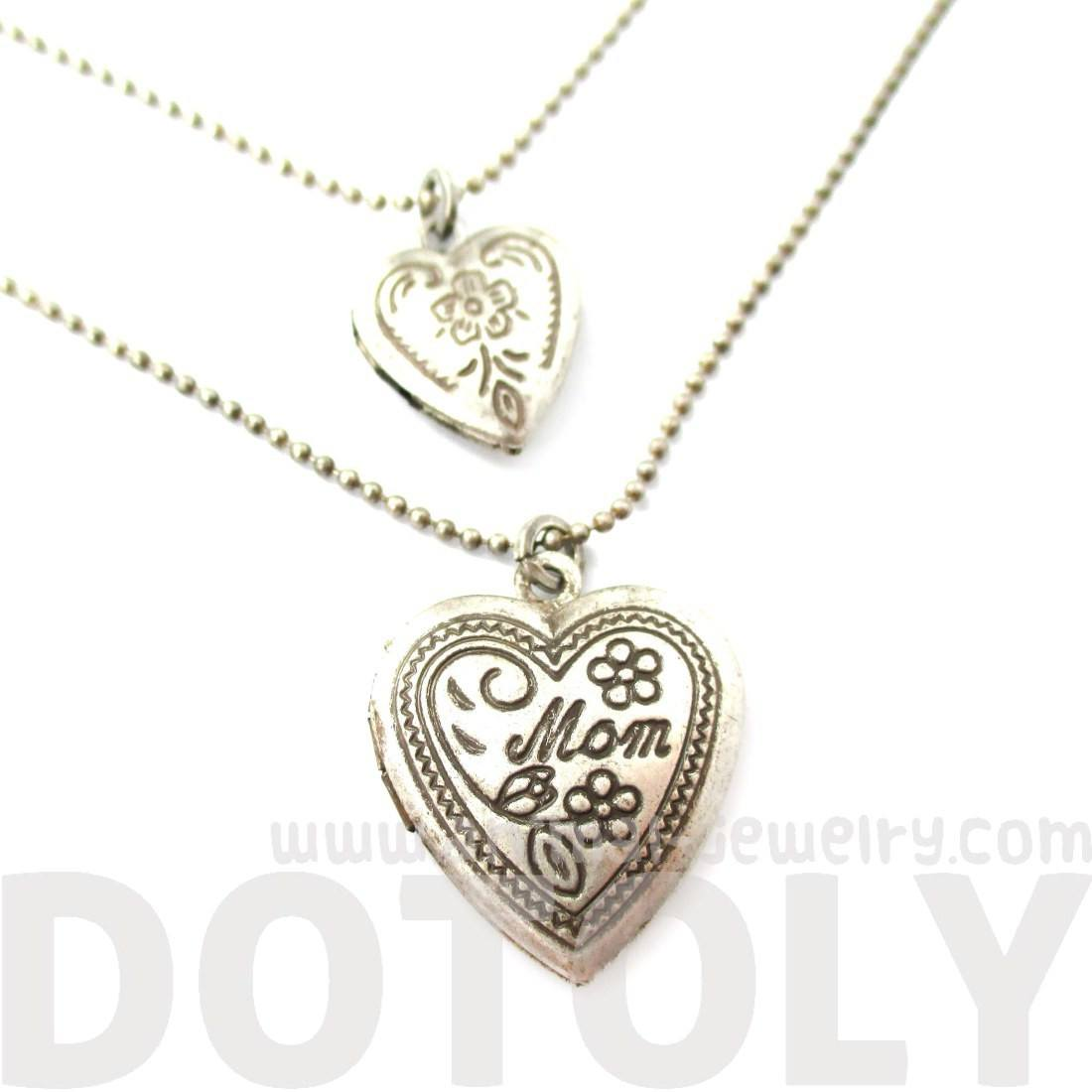 I Love You Mom Heart Shaped Mothers Day Locket Necklace in Silver