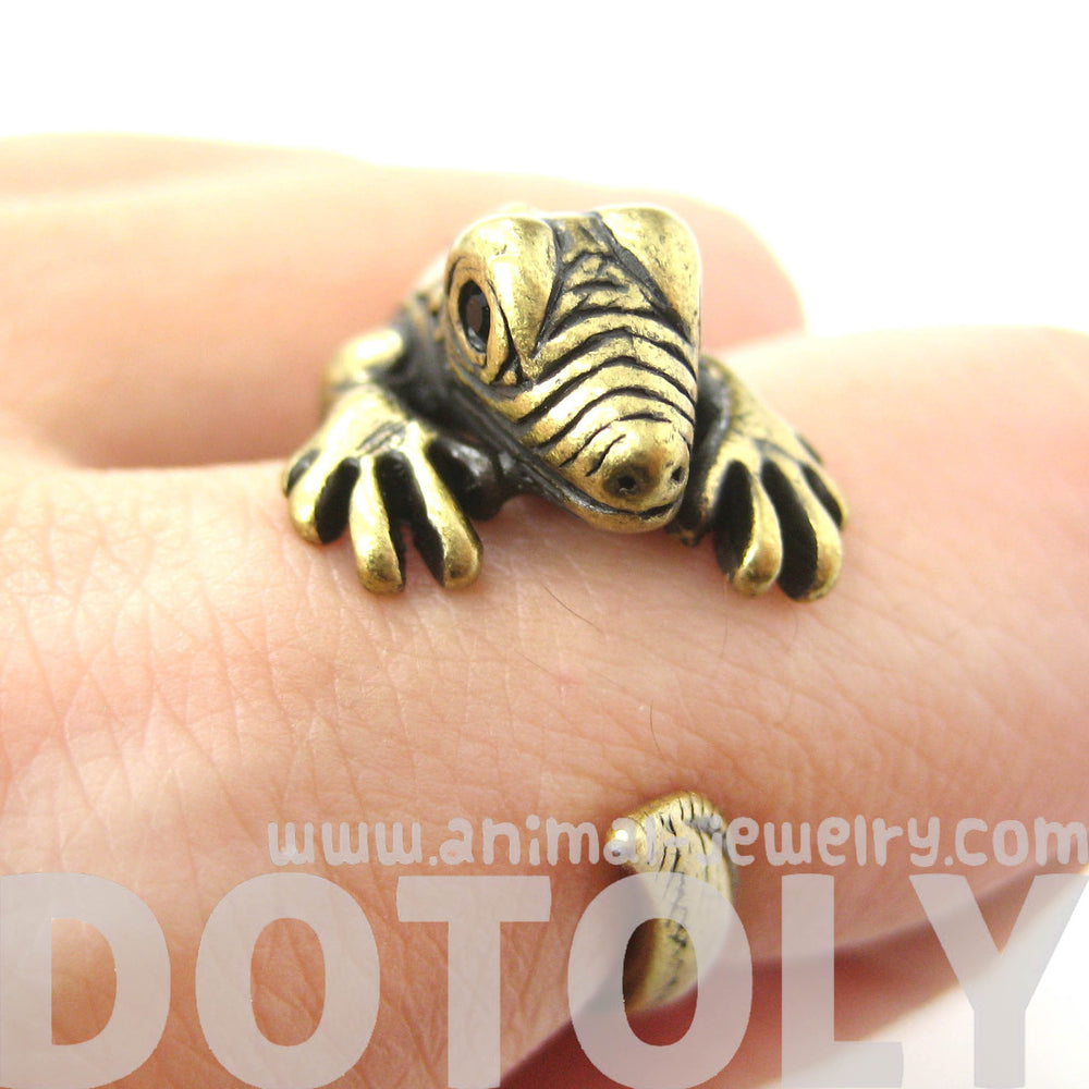 iguana-chameleon-animal-wrap-around-hug-ring-in-brass-us-sizes-4-to-9