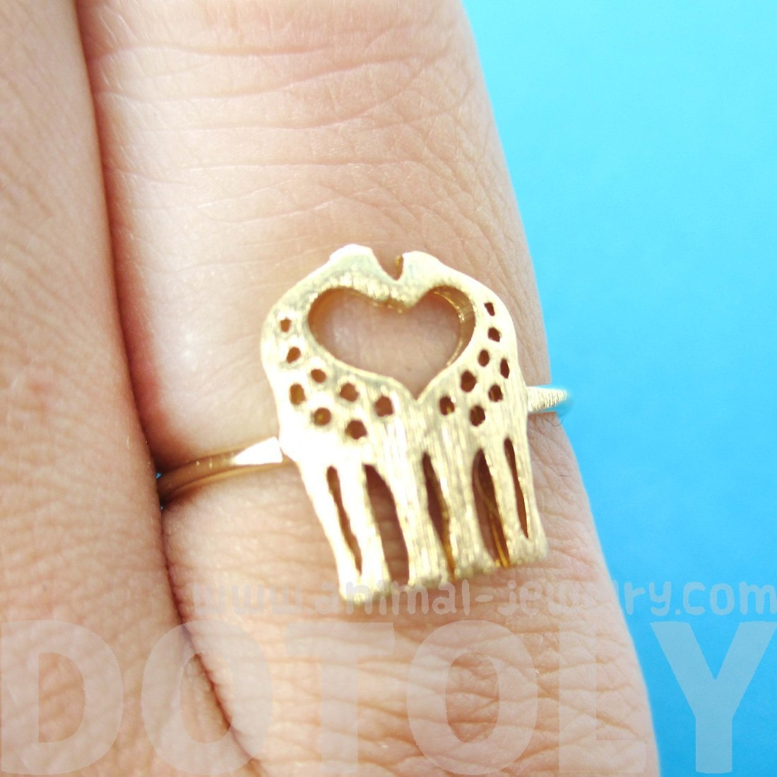 Kissing Giraffe Silhouette Shaped Animal Ring in Gold | US Size 6