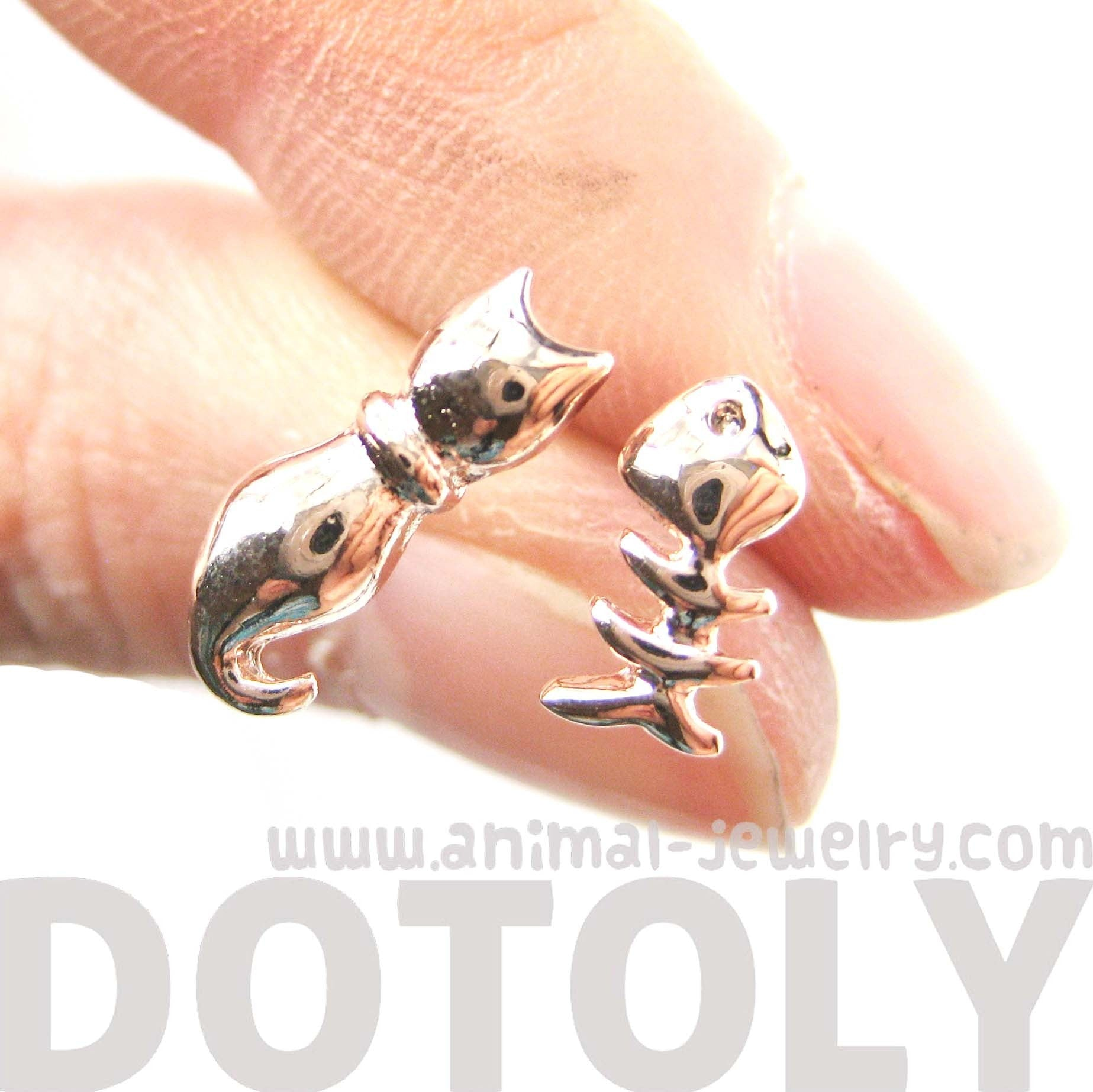 kitty-cat-and-fishbone-skeleton-animal-shaped-stud-earrings-in-rose-gold