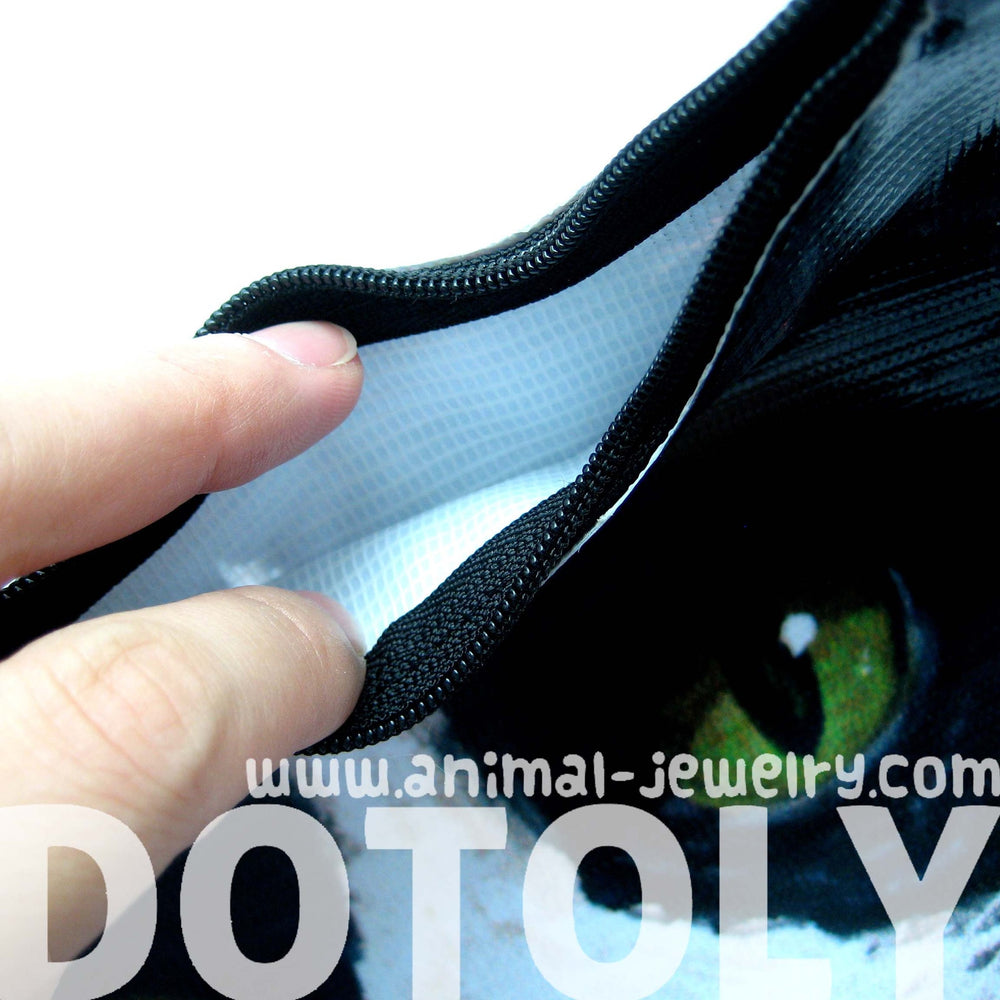 kitty-cat-head-shaped-vinyl-animal-themed-clutch-bag-in-black-and-white-dotoly