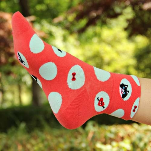 kitty-cat-polka-dot-and-bow-tie-animal-graphic-print-cotton-short-socks-for-women