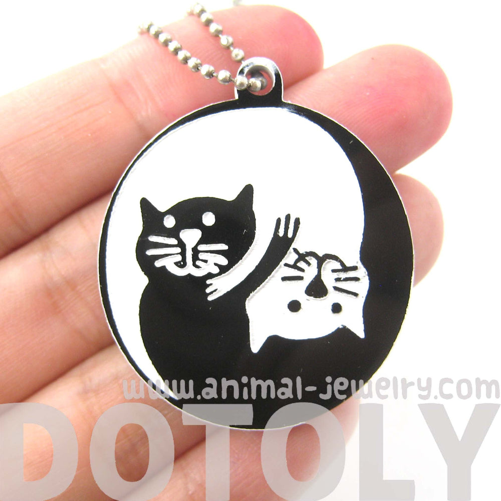 kitty-cat-shaped-yin-and-yang-animal-themed-pendant-necklace-in-black-acrylic