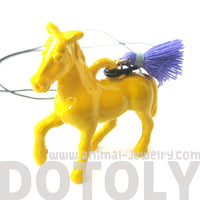 Large Colorful 3D Horse Pony Animal Pendant Necklace in Yellow