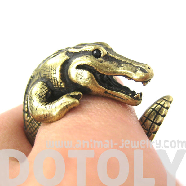 large-crocodile-alligator-dragon-animal-wrap-around-hug-ring-in-brass-us-size-4-to-9