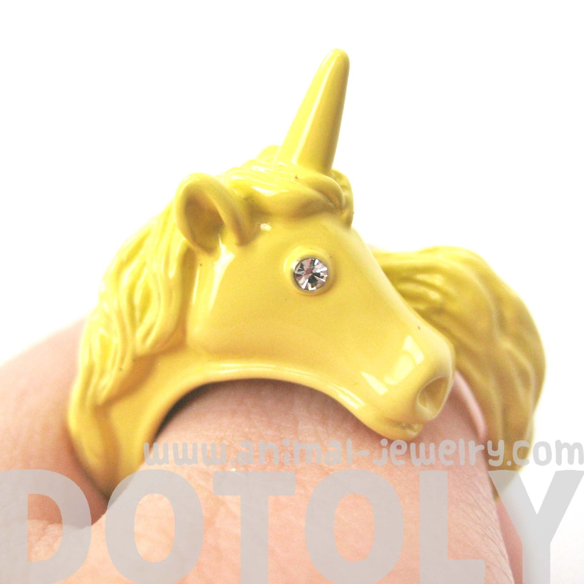 large-detailed-unicorn-animal-wrap-around-ring-in-yellow-size-5-to-8