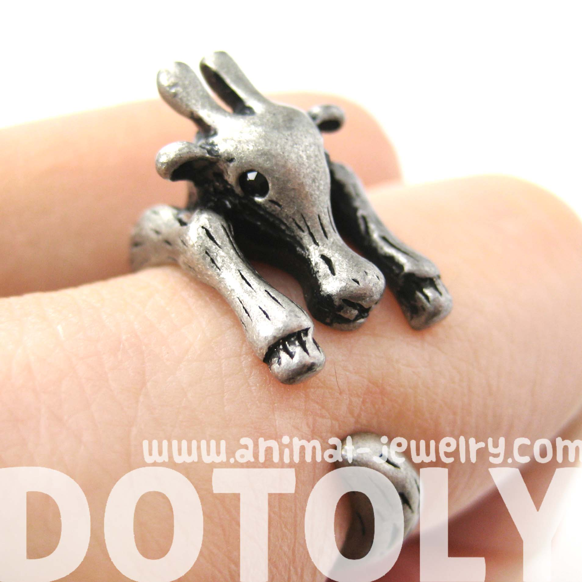 large-giraffe-animal-wrap-around-ring-in-silver-sizes-4-to-9-available