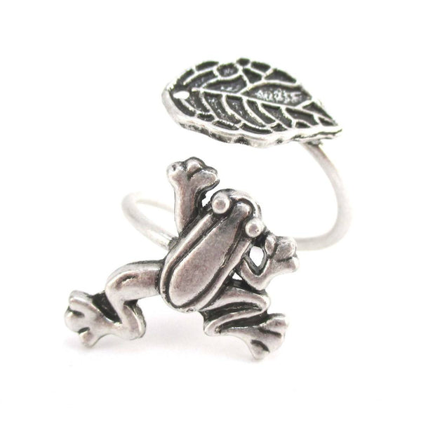 Large Tree Frog and Leaf Adjustable Wire Wrap Ring in Silver | DOTOLY