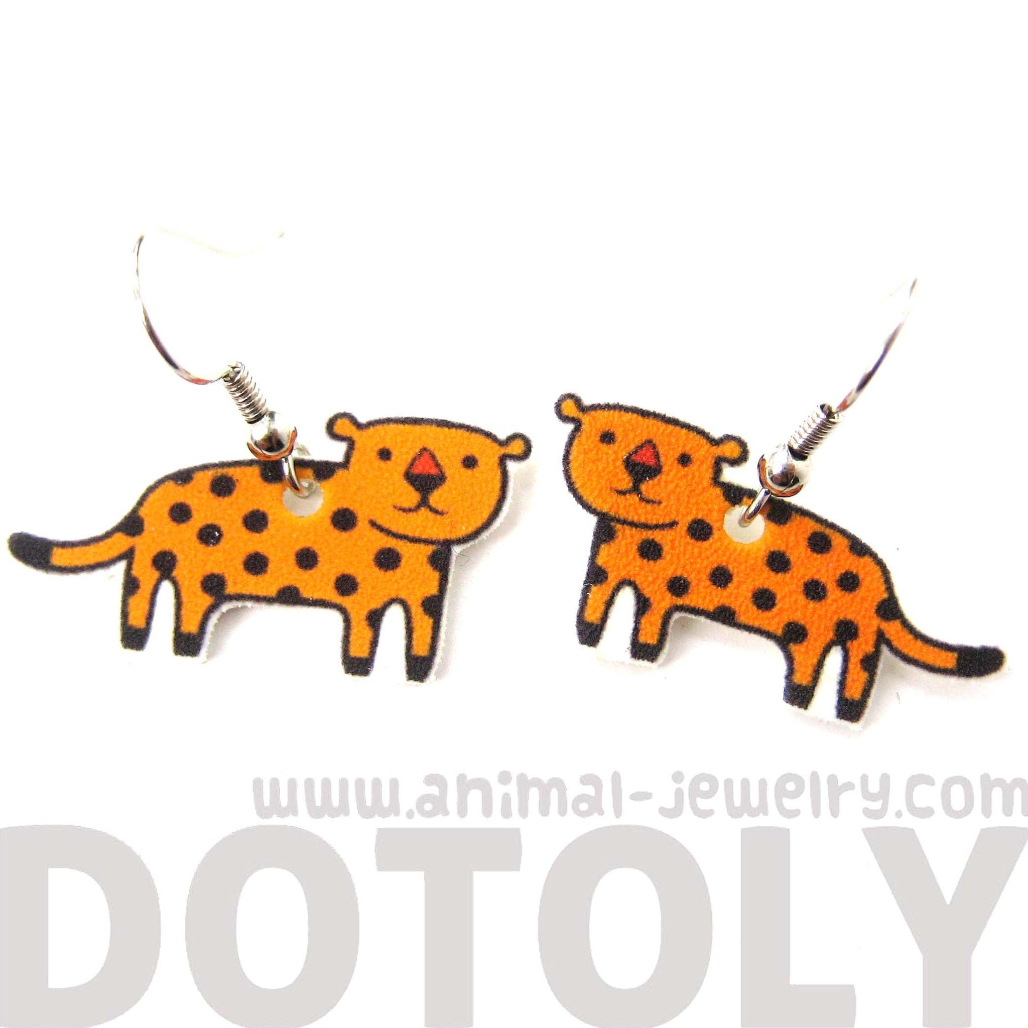 leopard-cat-animal-illustration-dangle-earrings-handmade-shrink-plastic