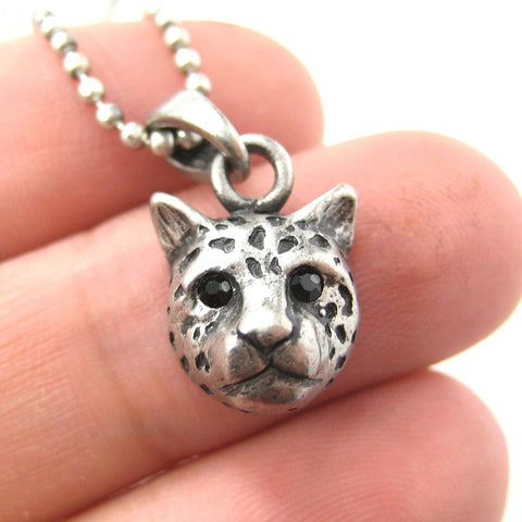 leopard-cheetah-animal-charm-necklace-in-silver-dotoly