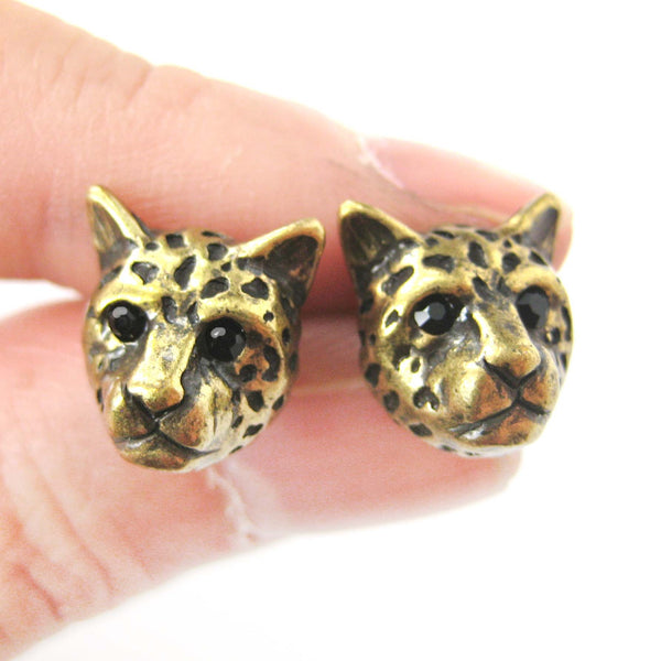 leopard-cheetah-realistic-animal-stud-earrings-in-brass-animal-jewelry