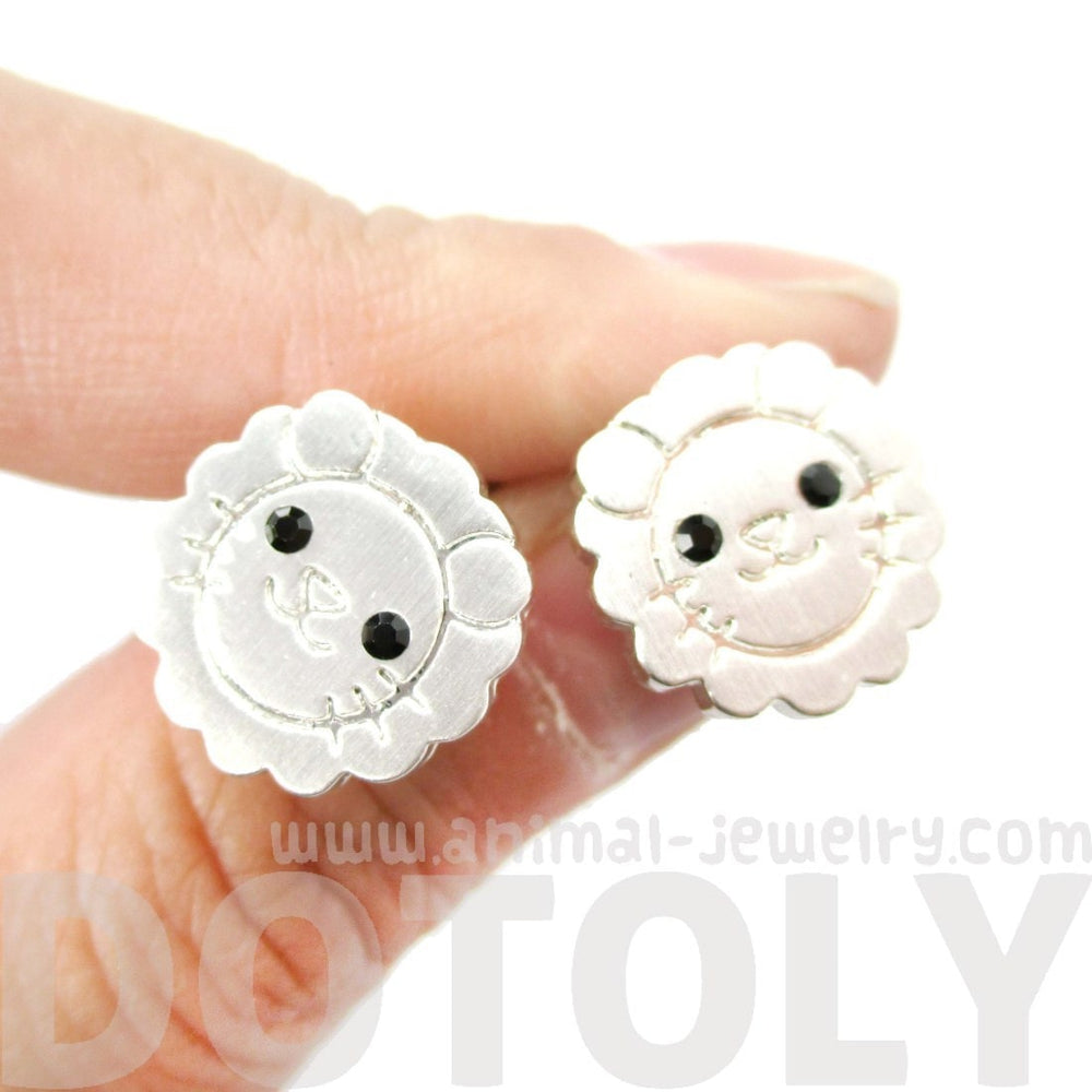 Adorable Lion Shaped Animal Theme Allergy Free Stud Earrings in Silver