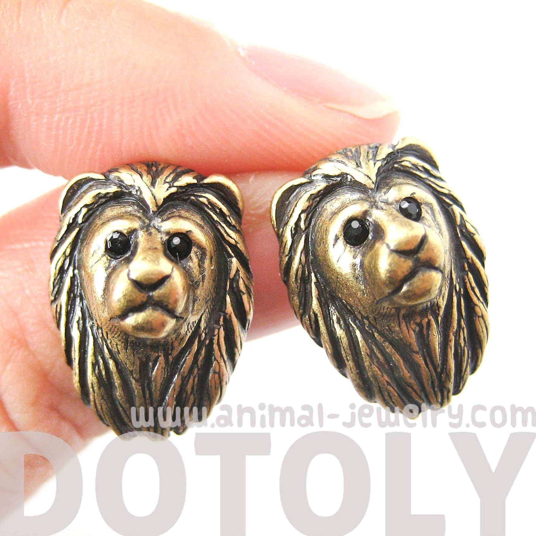 lion-shaped-realistic-animal-stud-earrings-in-brass-animal-jewelry