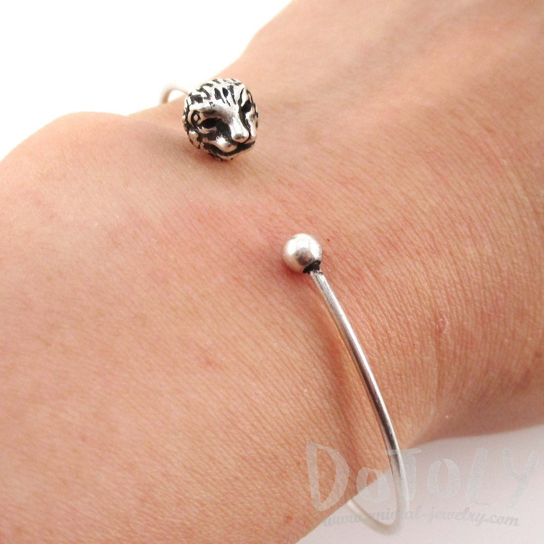 Minimal Bangle Bracelet Cuff with Lion Head Detail in Silver | DOTOLY