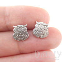 Minimal Wise Barn Owl Shaped Stud Earrings in Silver