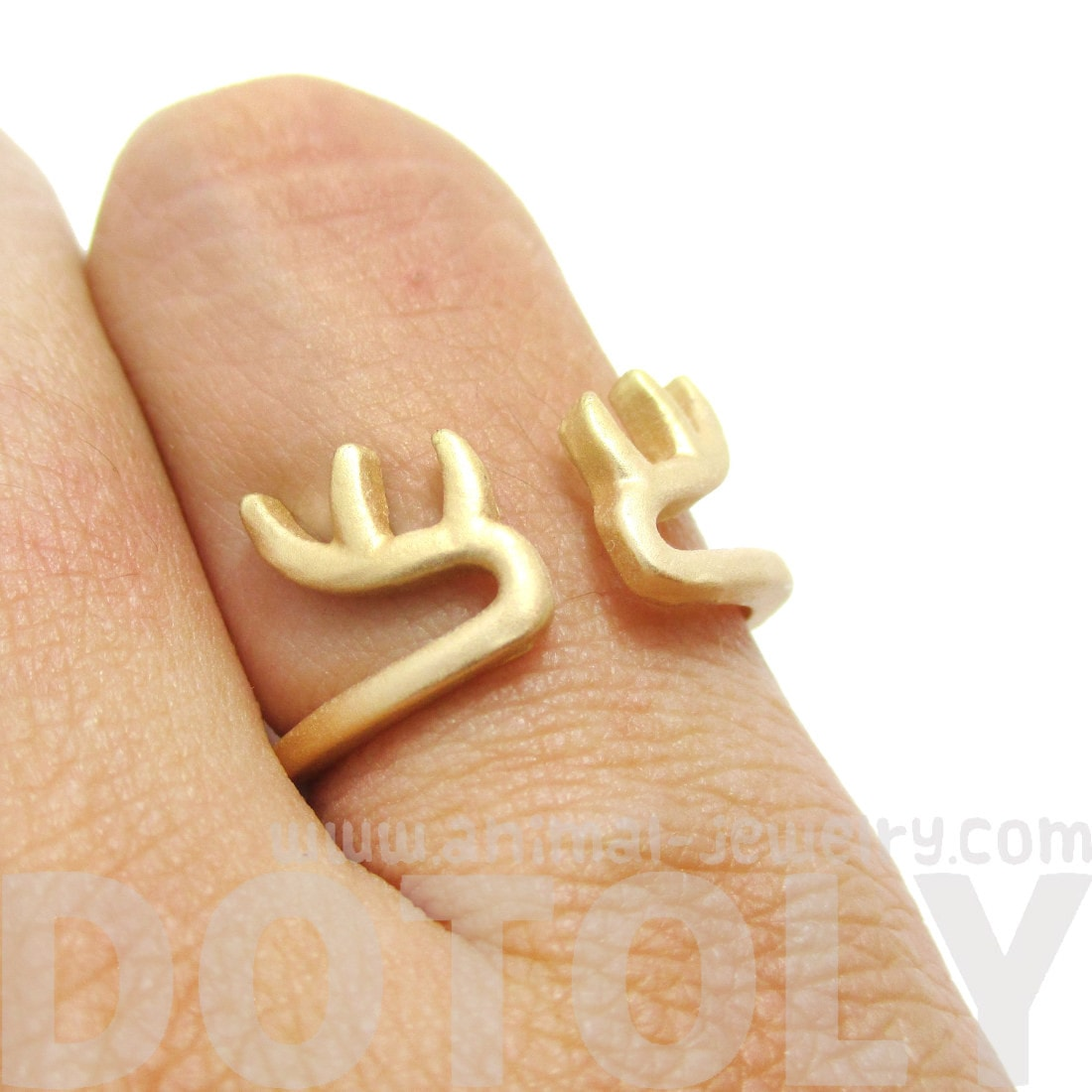 Minimalist Deer Antler Shaped Animal Ring in Gold