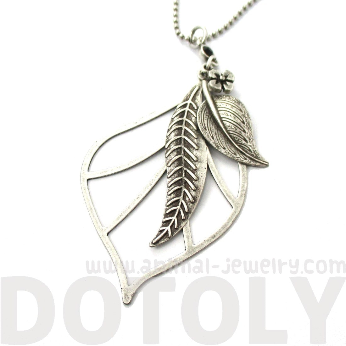 Mixed Floral Leaf Cut Out Shaped Pendant Necklace in Silver