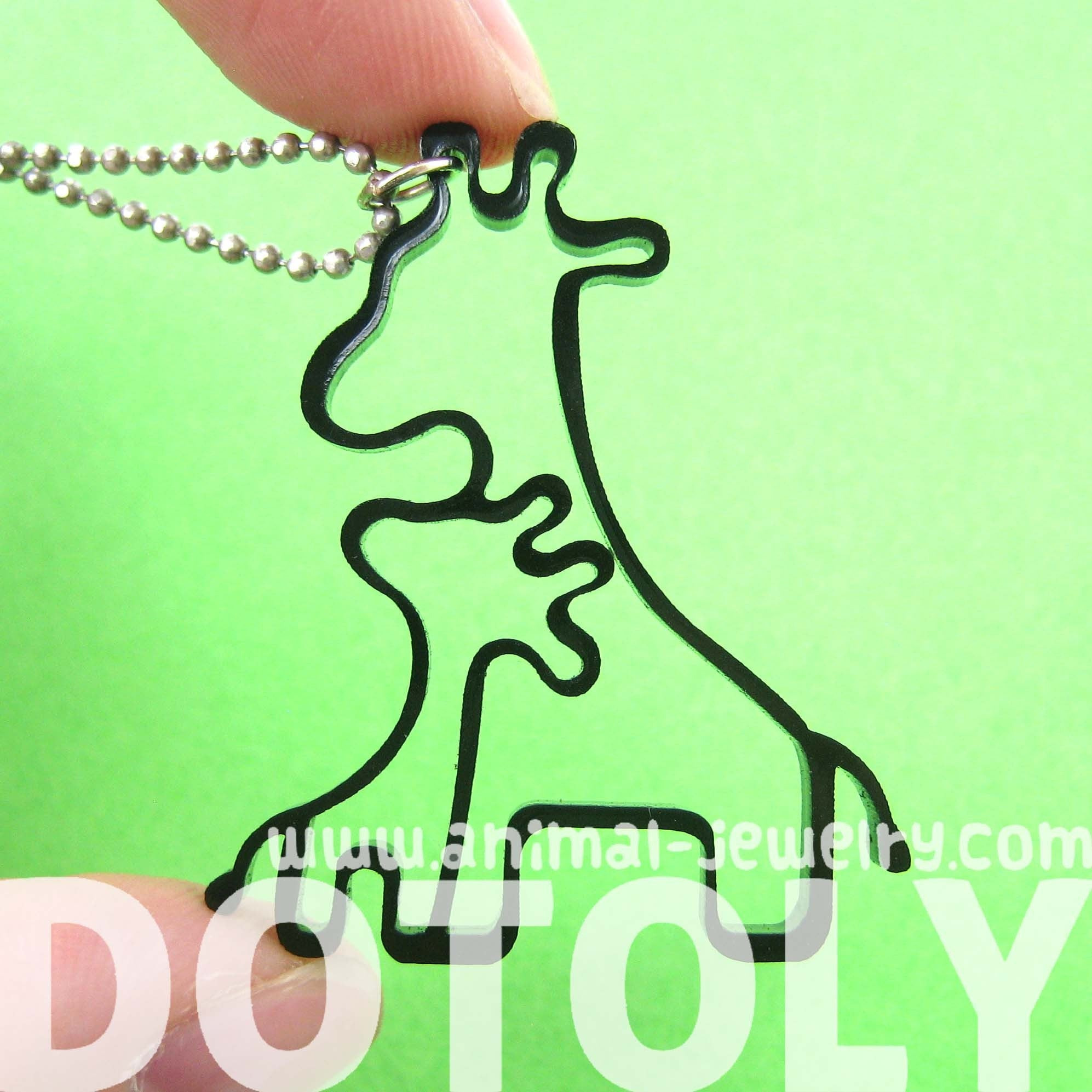 mother-and-baby-giraffe-outline-shaped-pendant-necklace-in-black-acrylic-dotoly