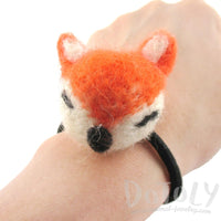 Needle Felted Wool Orange Fox Hair Tie | DOTOLY | DOTOLY