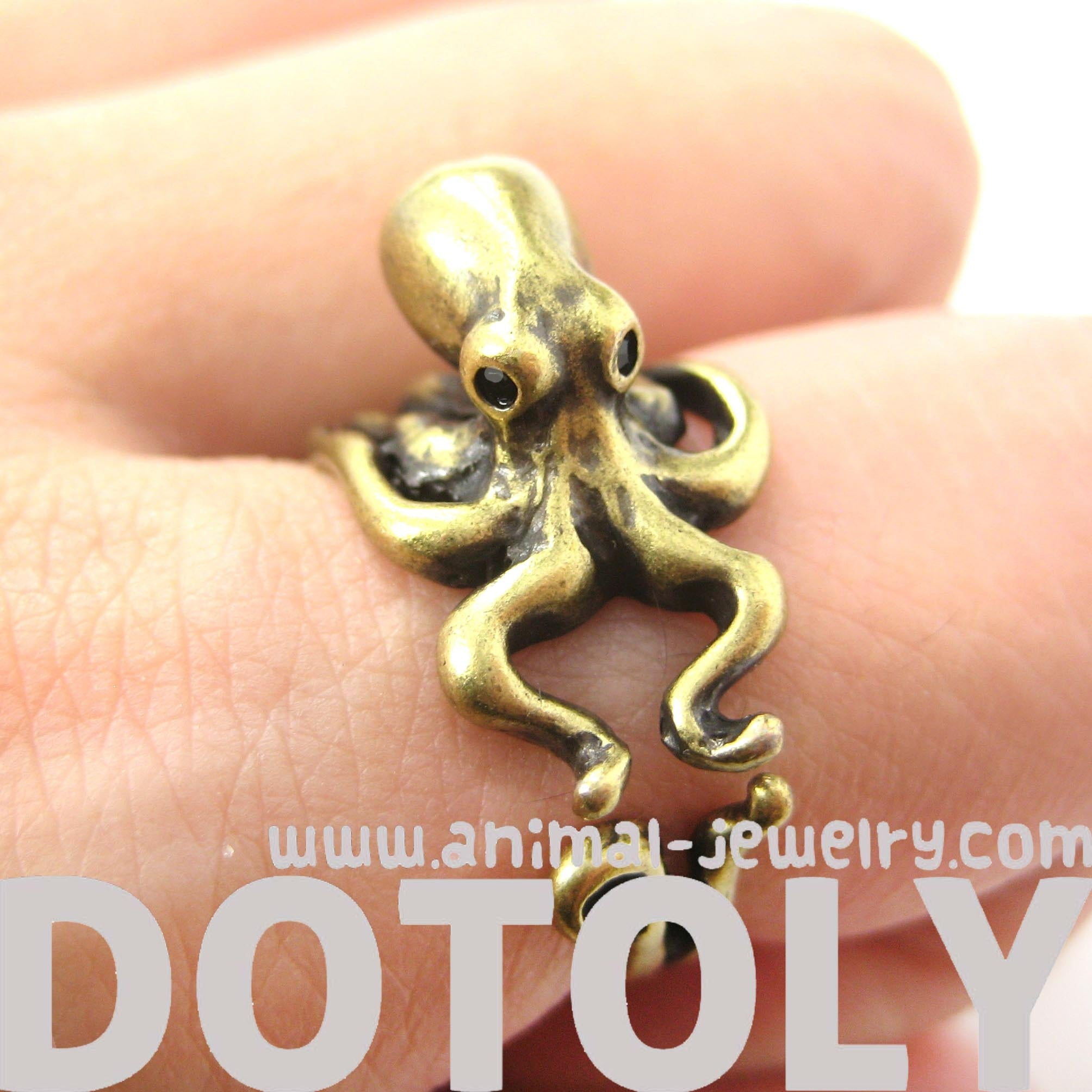 octopus-squid-sea-animal-wrap-around-hug-ring-in-brass-us-size-4-to-9