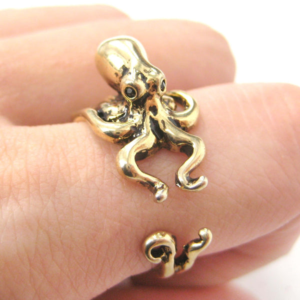 Octopus Squid Sea Kraken Animal Wrap Around Hug Ring in Shiny Gold
