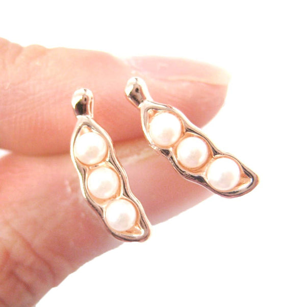 Peas in A Pod Stud Earrings in Rose Gold with Pearl Detail | DOTOLY | DOTOLY