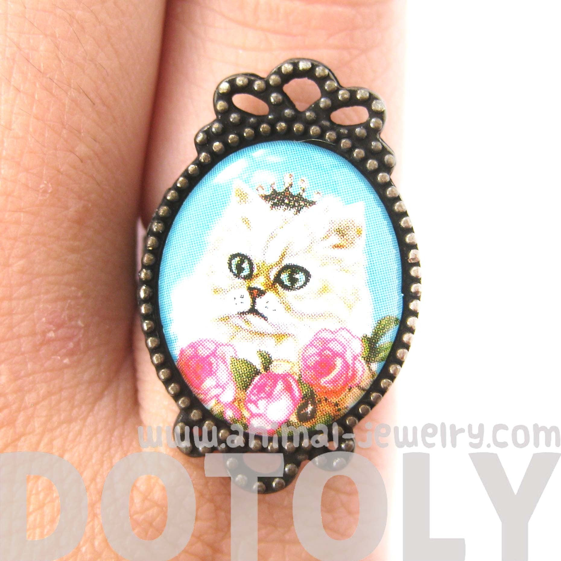 Persian Kitty Cat Illustrated Adjustable Ring in White with Roses