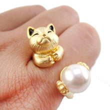 3D Playful Kitty Cat Shaped Animal Inspired Ring in Gold | DOTOLY