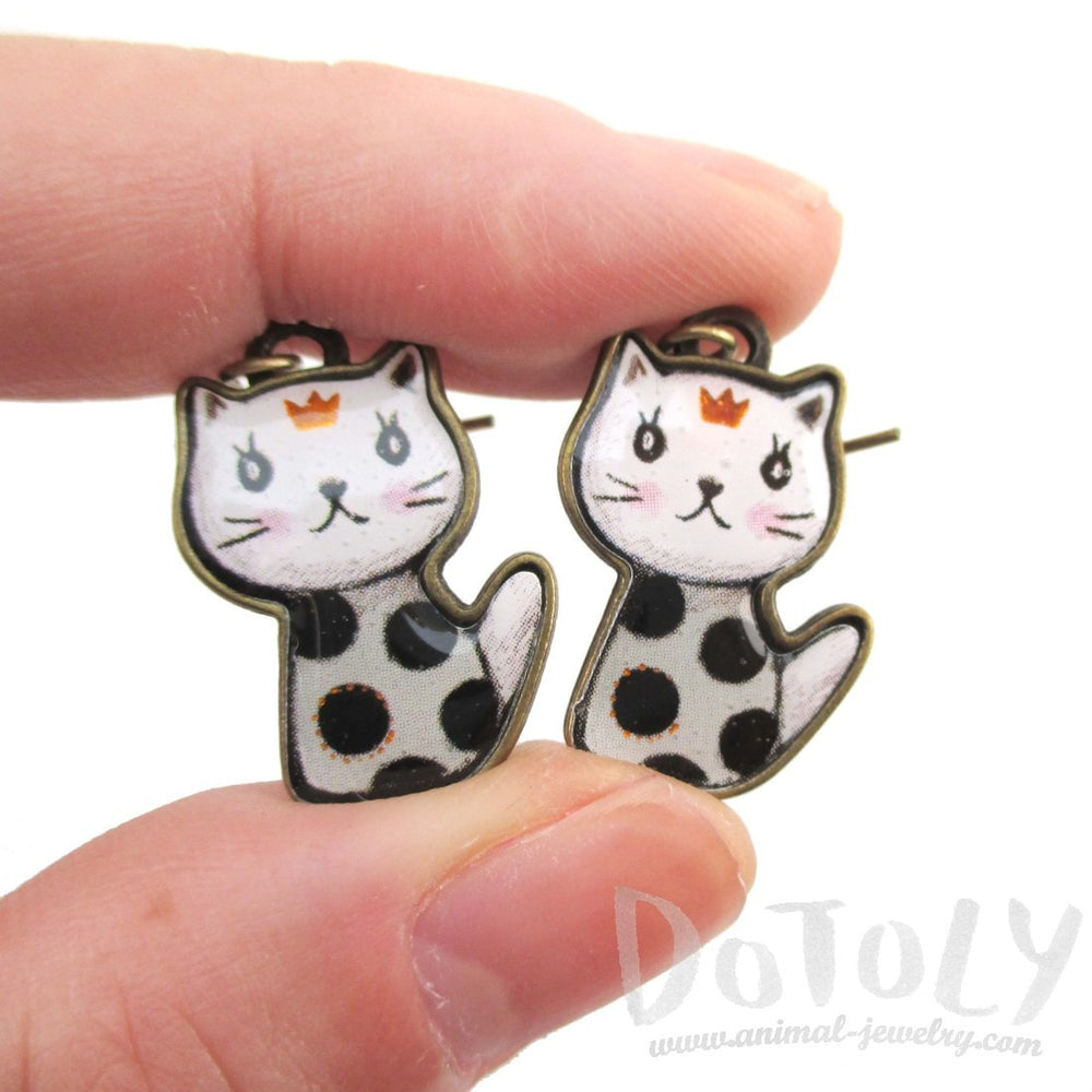 Polka Dotted Kitty Cat Cartoon Shaped Dangle Earrings | DOTOLY