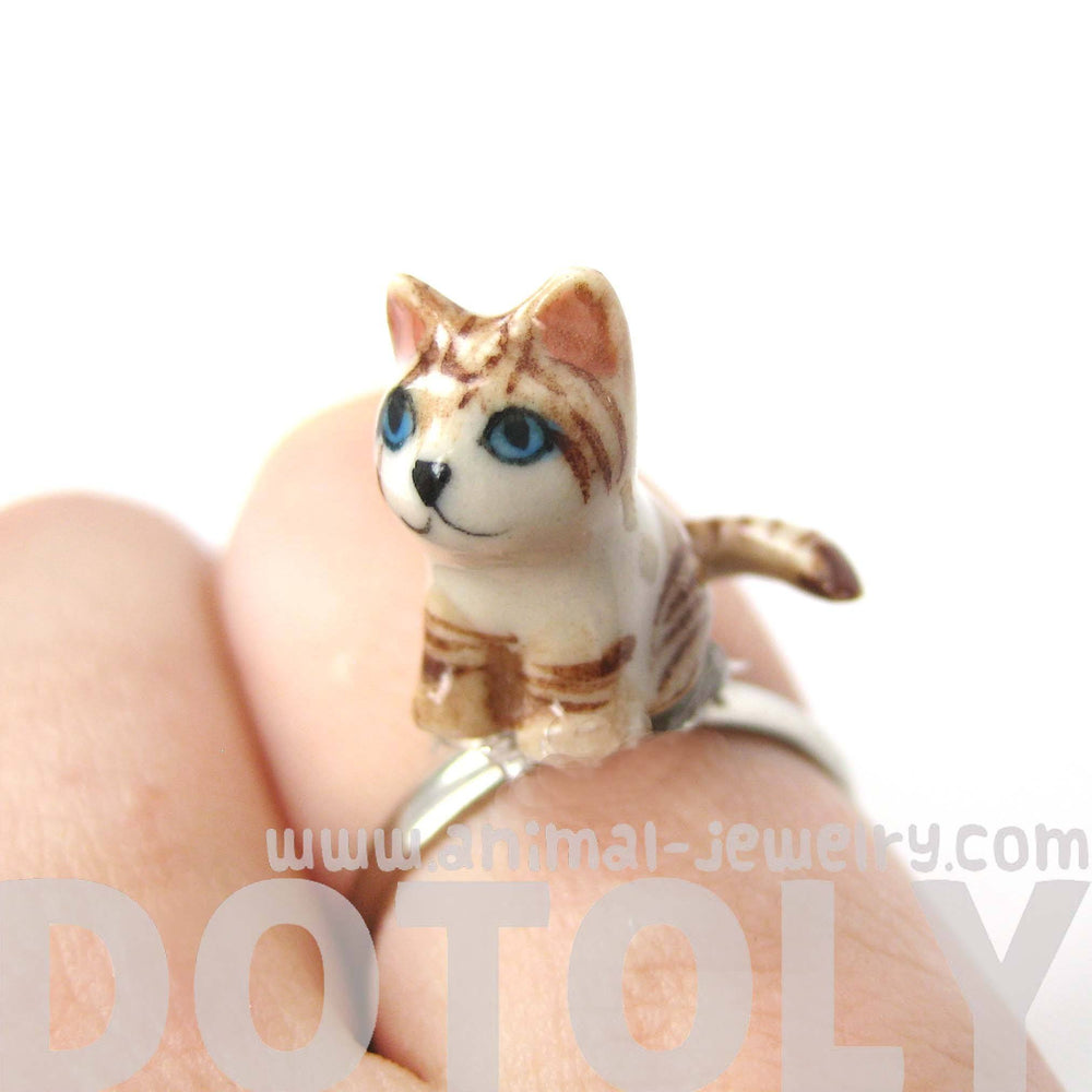 porcelain-ceramic-tan-and-white-striped-kitty-cat-animal-adjustable-ring-handmade